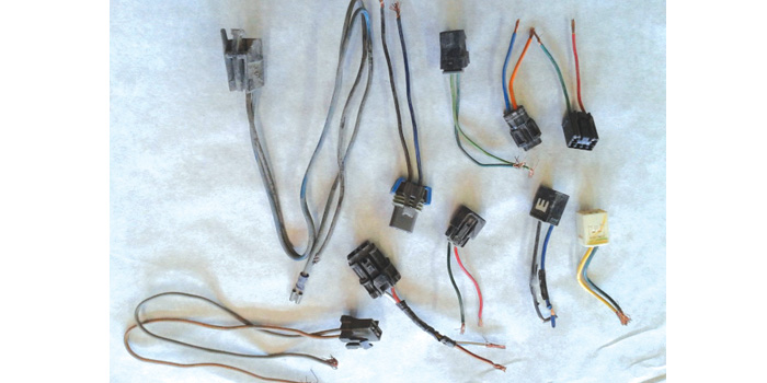Photo 1: Pigtail connectors I use to test motors and regulators.