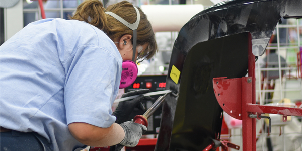 Auto Body Shops >> How Can Auto Body Shops Attract More Women To The Industry